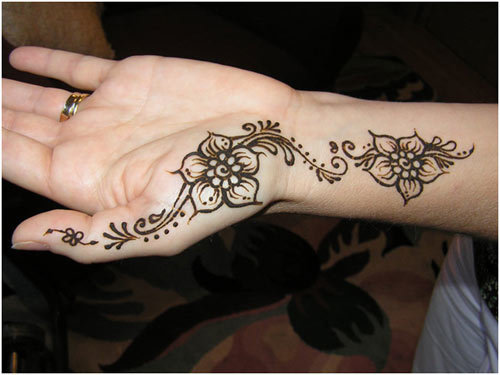 mehndi designs for the palm