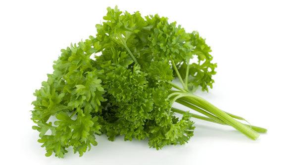parsley for skin lightening