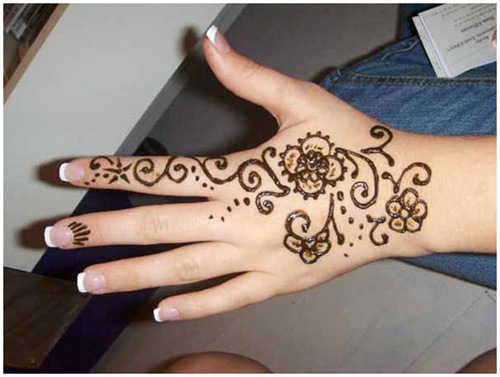 simple pattern mehndi