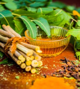 10 Amazing Neem Face Packs For All Skin Types
