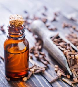 What Are The Health Benefits And Uses Of Clove Oil?