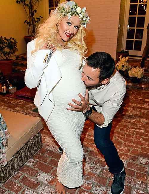 Pregnant Celebrities - Christina Aguilera