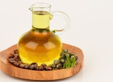 16-Amazing-Benefits-Of-Castor-Oil-(Arandi)-For-Skin,-Hair,-And-Health