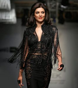 Sushmita Sen's Beauty Secrets – Makeup And Diet
