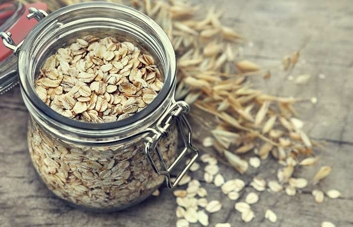 32. Oatmeal Face Scrub For Dry Skin