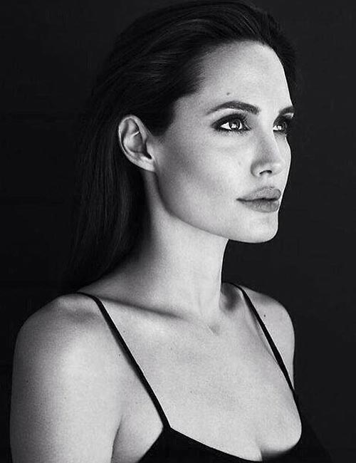 4. Angelina Jolie - Good Looking Woman In The World