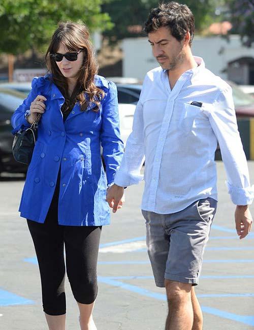 Pregnant Celebrities - Zooey Deschanel