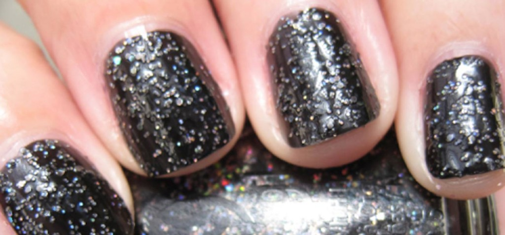 Best Black Nail Polishes - Our Top 10 |