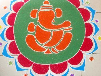 Best-Ganesh-Rangoli-Designs-That-You-Should-Try