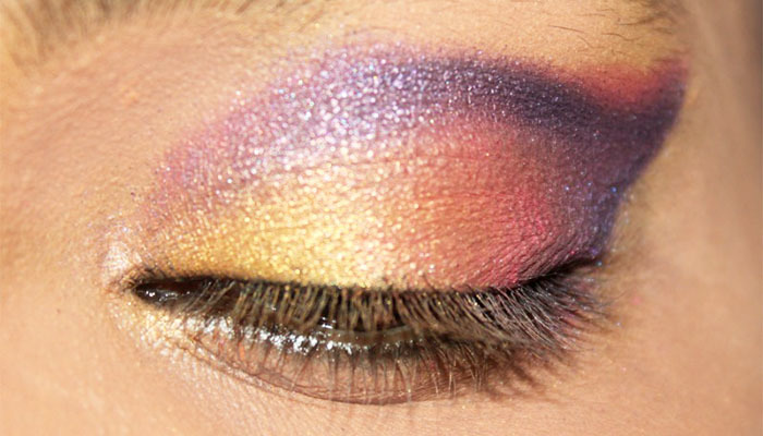 Bollywood Inspired Eye Makeup – Step By Step Tutorial With Images25