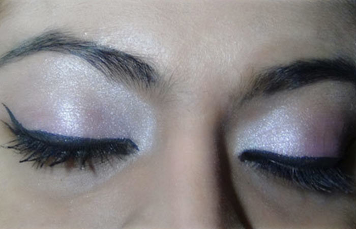 Bollywood-Inspired-Eye-Makeup-–-Step-By-Step-Tutorial-With-Images3