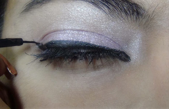 Bollywood-Inspired-Eye-Makeup-–-Step-By-Step-Tutorial-With-Images6