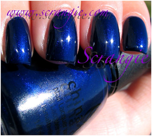 10 Best Blue Nail Polishes (Reviews) For Women - 2019 Update