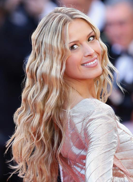 50 Awesome Hairstyles For Girls With Long Hair