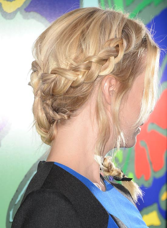 Simple-Side-Braid-–French-Braid
