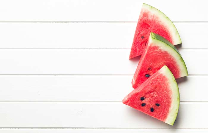 (a) Watermelon Face Pack For Dry Skin