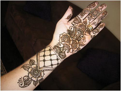 Celebaraty Beauty Tips- 2015 15.Stunning Bangle Mehndi Designs To Inspire You