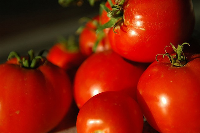 benefits-of-tomatoes-for-skin1