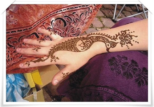 Back Hand Side Mehandi Design 8