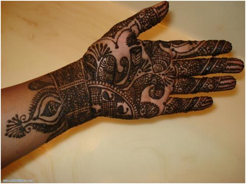 mehndi designs for hands traditional
