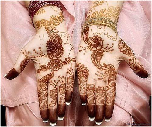 pretty mehndi designs