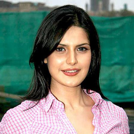 zarine khan beauty tips