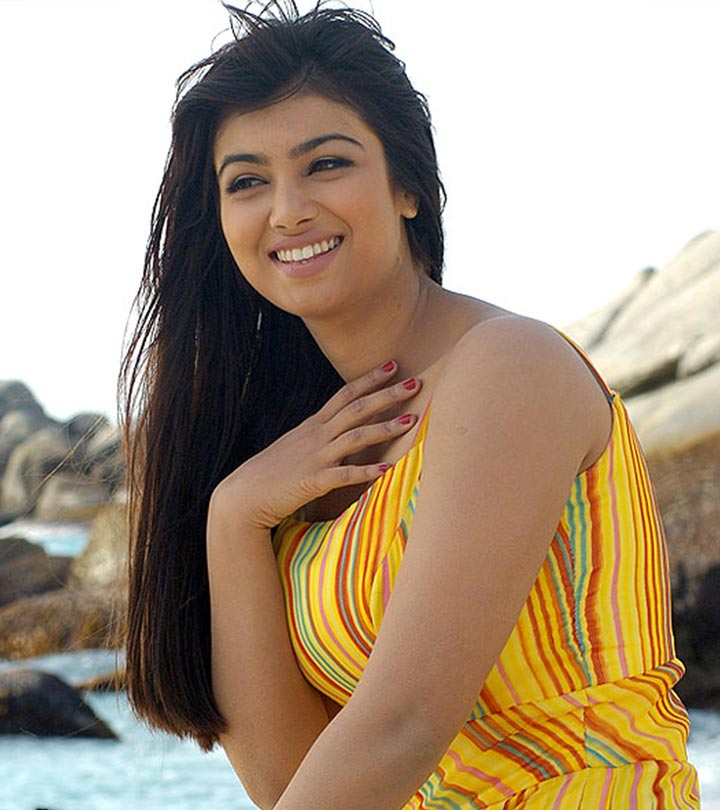 10-Pictures-Of-Ayesha-Takia-Without-Makeup
