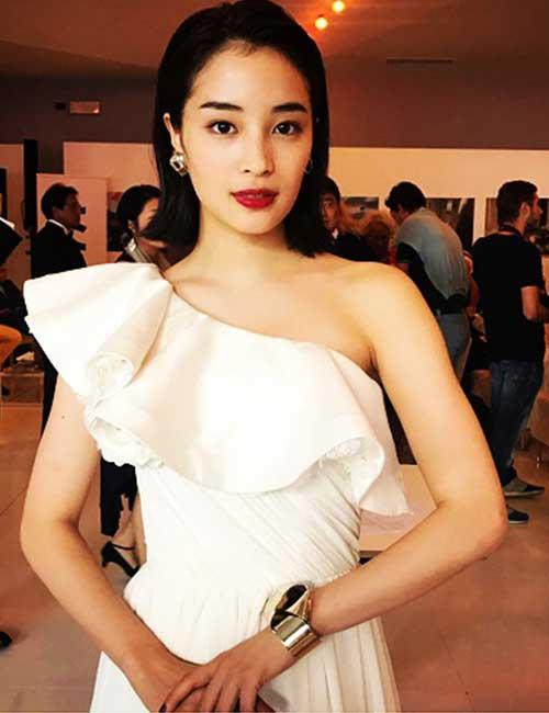 Gorgeous Japanese Girls - 10. Suzu Hirose