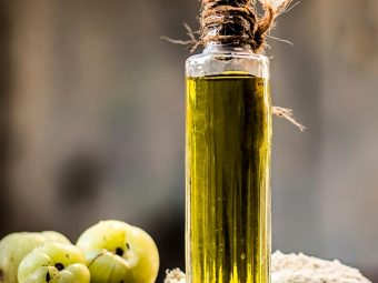14 Best Ayurvedic Oils For Long And Healthy Hair
