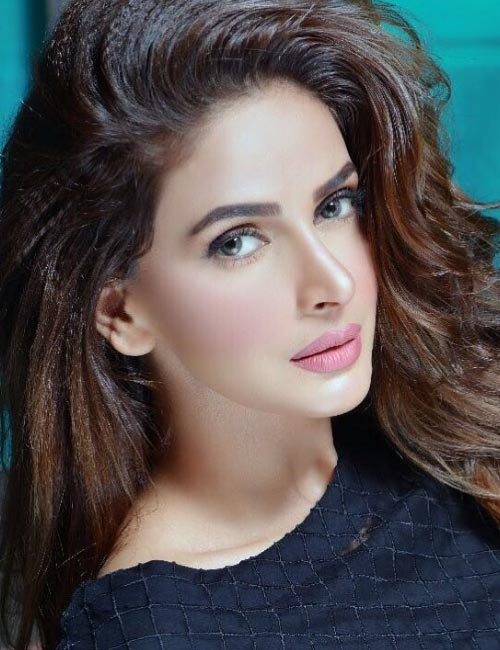 Most Beautiful Pakistani Women Saba Qamar