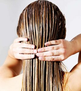 15 Effective Hair Masks For Dandruff