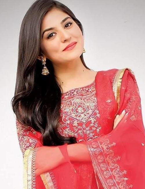 25 Most Beautiful Pakistani Women (Pictures) - 2019 Update