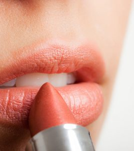 Best Pink Lipsticks Available In India – Our Top 10