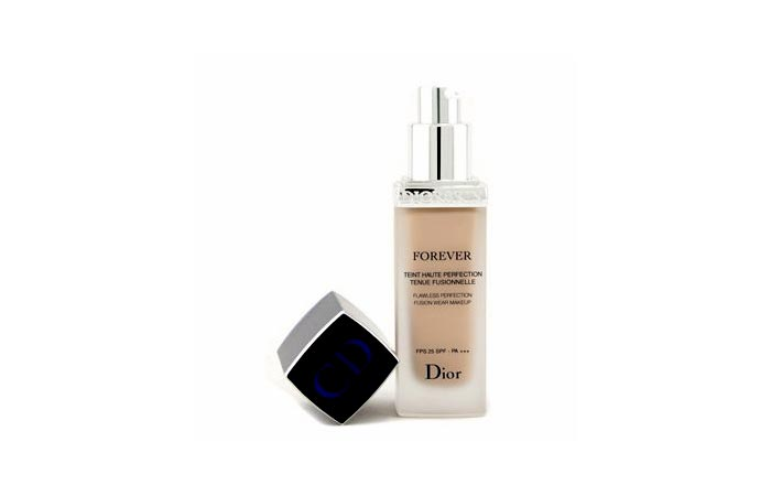 Best Professional Makeup Products - 4. Christian Dior Diorskin Forever Flawless Perfection Fusion Wear