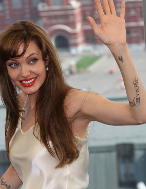 Angelina Jolie's Tattoo - 'H' On The Wrist