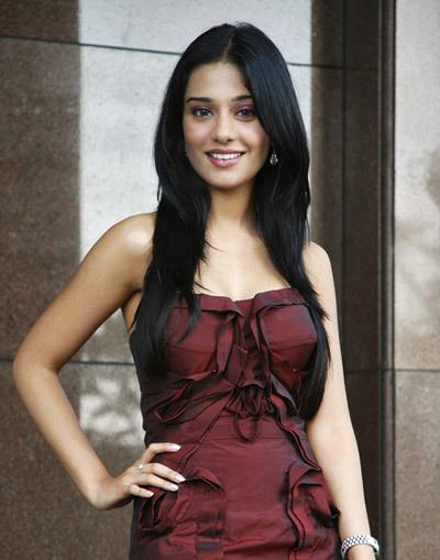 Amrita Rao Without Makeup photos