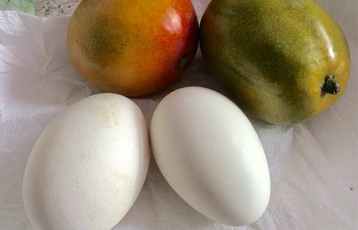 Mango And Egg White For Anti-aging Effect