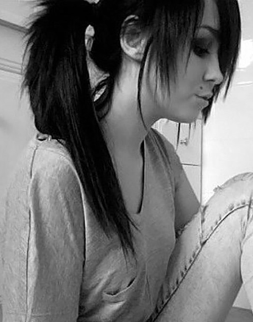 Top-50-Emo-Hairstyles-For-Girls19