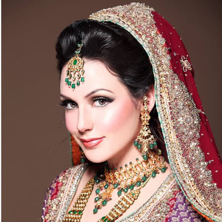 Aisha Linnea Akhtar - Cute Pakistani Women