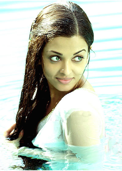 Aishwarya Rai No Makeup Look in a Mani Ratnam Movie