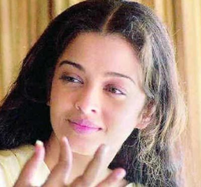 Aishwarya Rai's Natural Beauty Look