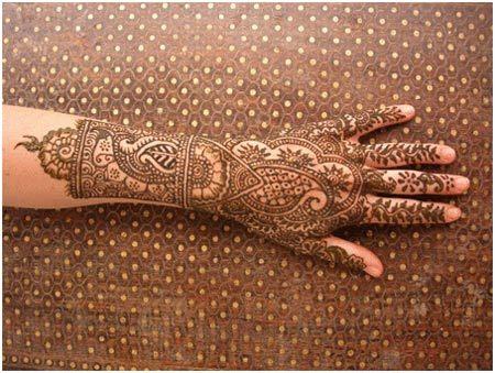 bangle style mehndi designs