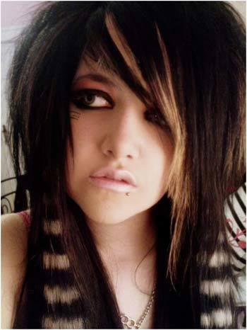 emo looking hairstyles