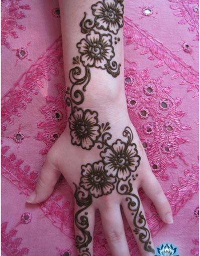 Mehndi Flower Images : Simple flower mehandi pixshark images