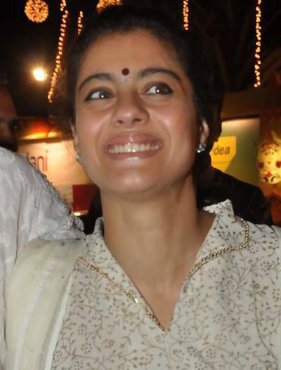 Kajol Without Makeup at Durga Puja