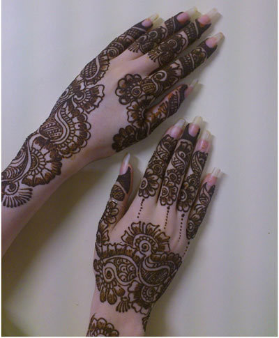 mehndi designs hands backside