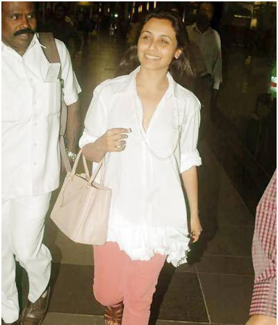 rani mukherjee at mumbai airport
