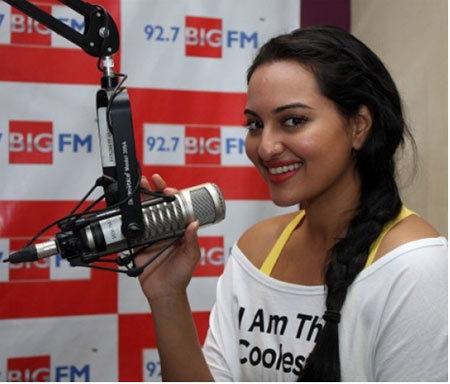 sonakshi sinha at studio