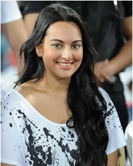 sonakshi without makeup at ccl