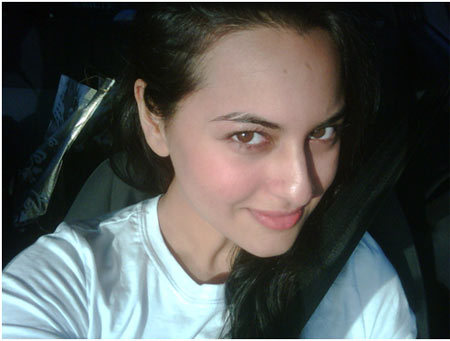 sonakshi without makeup